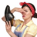 Что делать, когда сильно потеют и пахнут ноги